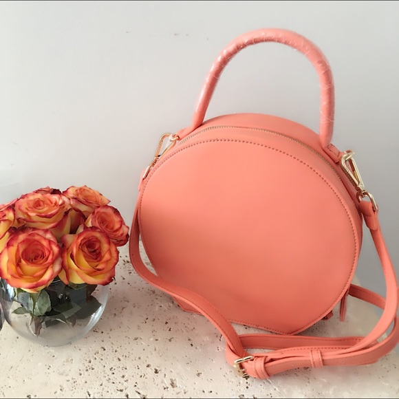 Street Level Handbags - 🌸CORAL FAUX LEATHER CIRCLE CROSSBODY BAG